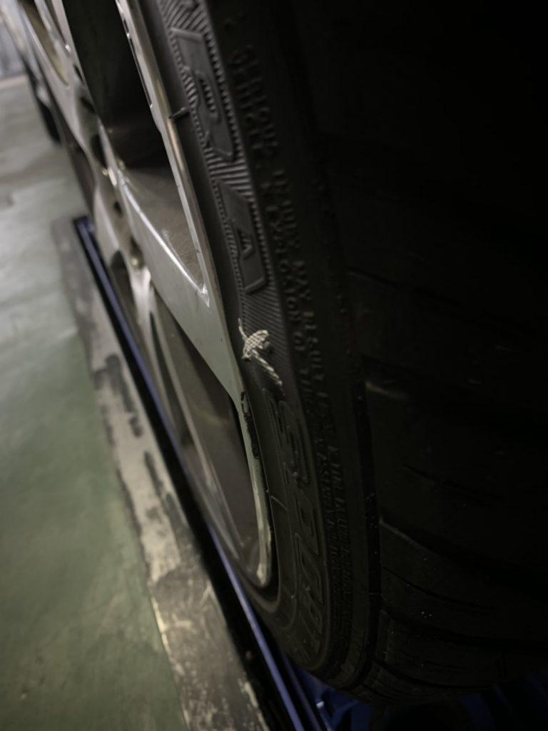 タイヤ側面の膨らみ