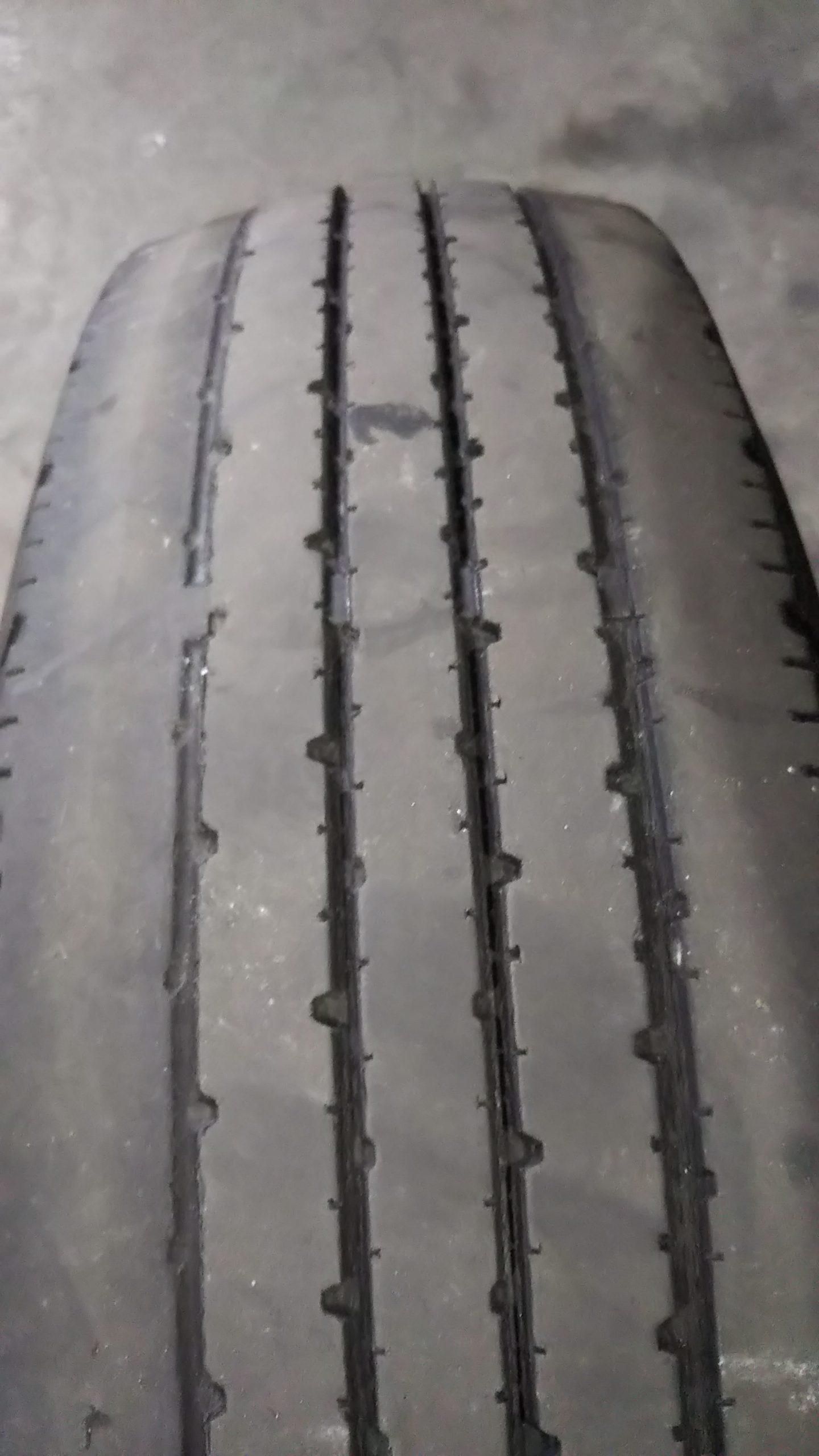 タイヤの外側が減ってしまう原因は??
